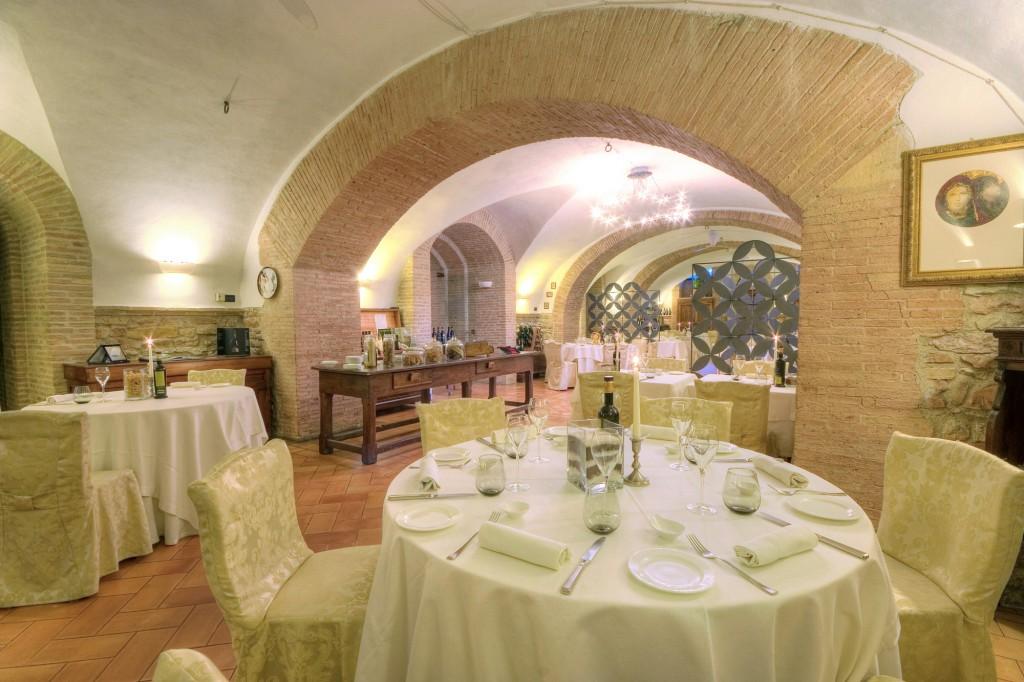 ristorante-à-la-carte-menu-eventi-speciali-matrimoni-fabriano