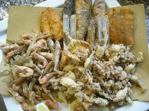 Fritti, alla griglia o ripieni: evviva il re calamaro