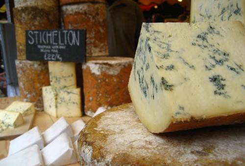 Grassi sì, grassi no… lo studio che scagiona burro e formaggio
