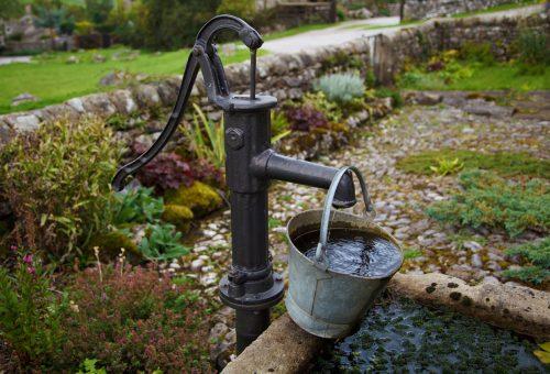 Sempre più pesticidi nelle acque italiane: l'agricoltura sconta gli errori del passato