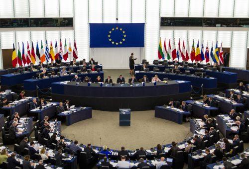 Glifosato, il presidente della commissione all'Europarlamento denuncia: «Subiamo intimidazioni»