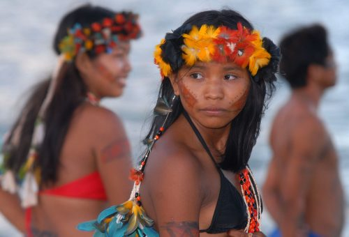 «In Brasile si consuma un genocidio, ed è intenzionale Bolsonaro si compiace dell'altrui morte», la denuncia di Frei Betto