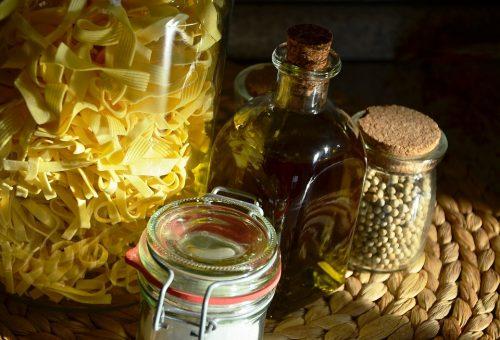 Quattro consigli Slow per un buon uso dell'olio extravergine in cucina