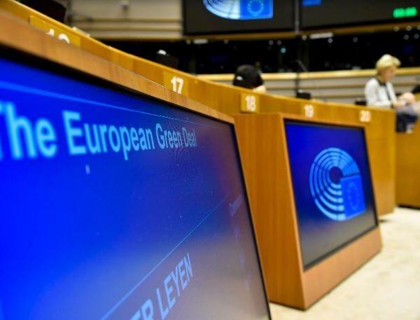 Milioni di cittadini europei chiedono una Pac allineata al Green Deal.