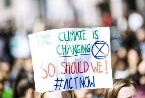 Legge sul europea sul clima: mancano obiettivi chiari, manca l'urgenza.